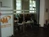 Ispijanje jutarnje kave u obližnjem kafiću - nezaobilazan ritual sudionika svake konferencije