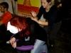 Terapeutkinja iz Stimulansa masira jednu crvenokosu djevojku sa konferencije